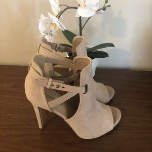 NIB Sand suede dress sandal open toe heel